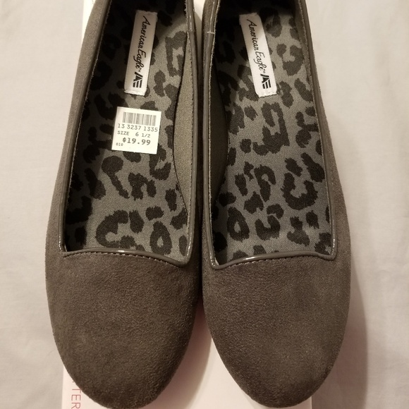 American Eagle Outfitters Shoes - American Eagle suede shoes. NWT